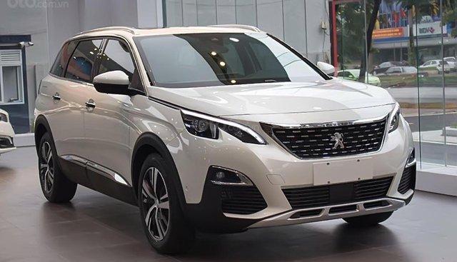 Cần bán xe Peugeot 5008 1.6 AT 2019, màu trắng, hoàn toàn mới