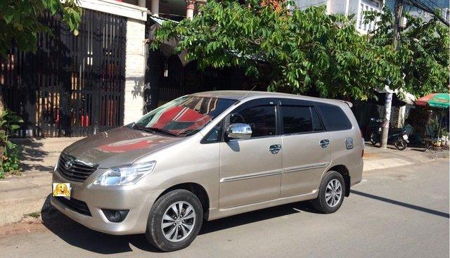 Cần bán Toyota Innova 2012, xe gia đình sử dụng còn zin, biển số đẹp