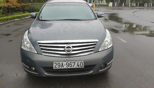 Bán xe Nissan Teana 2.0 AT năm sản xuất 2011, màu xanh lam, xe còn cực mới