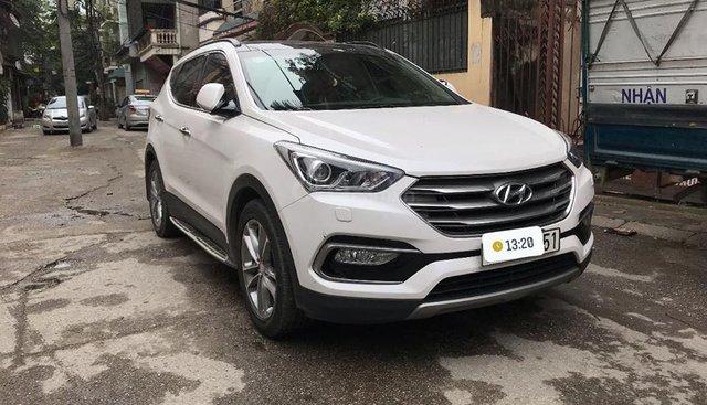 Bán Hyundai Santa Fe 2.2 CRI 4WD sản xuất 2017, bao test hãng, bao sang tên
