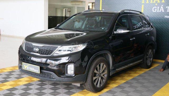Cần bán Kia New Sorento  2.4AT 2WD sản xuất 2014, màu đen, 626tr
