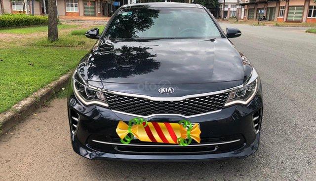 Cần bán Kia Optima GTLine đời 2018 giá cạnh tranh