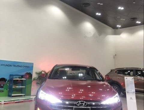 Cần bán xe Hyundai Elantra đời 2019, màu đỏ