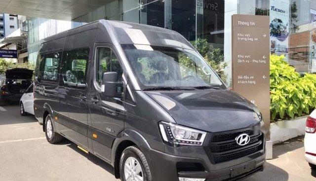 Cần bán Hyundai Solati sản xuất 2018
