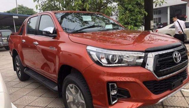 Bán Toyota Hilux 2.8G 4X4 AT sản xuất năm 2019, xe nhập, giá tốt