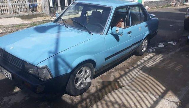 Cần bán gấp Toyota Corolla năm 1982, máy 1.3 xăng 6L/100km
