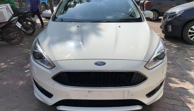 Bán Ford Focus 1.5L Sport Ecoobost đời 2017, màu trắng