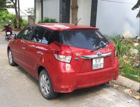 Bán xe Toyota Yaris sản xuất 2017, màu đỏ, xe một đời chủ