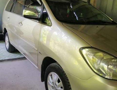 Cần bán lại xe Toyota Innova đời 2010, xe chính chủ