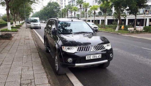 Gia đình bán xe Mitsubishi Pajero Sport 2012 số tự động, động cơ V6 3.0