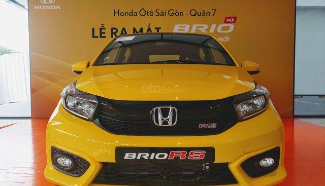 Honda Brio RS 2019, màu vàng, giao ngay, hỗ trợ vay 90%, giá tốt