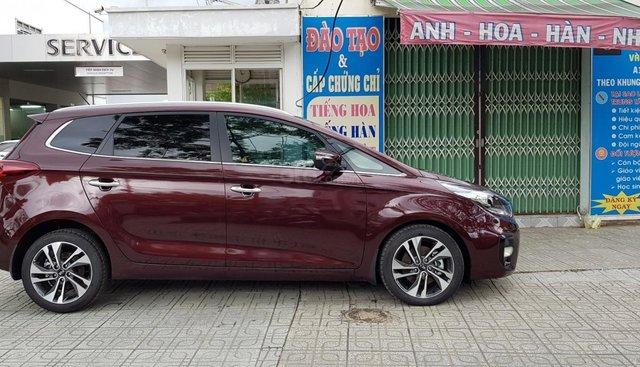 Bán xe Kia Rondo GAT năm 2019, màu nâu, hỗ trợ đến 80% giá trị xe