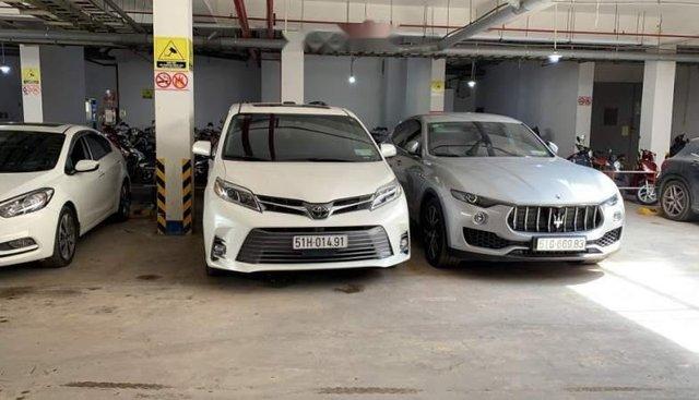 Bán Toyota Sienna đời 2019, màu trắng, nhập khẩu nguyên chiếc như mới