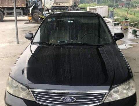 Chính chủ cần bán Ford Lazer 1.8 sản xuất 2005, màu đen, số tự động