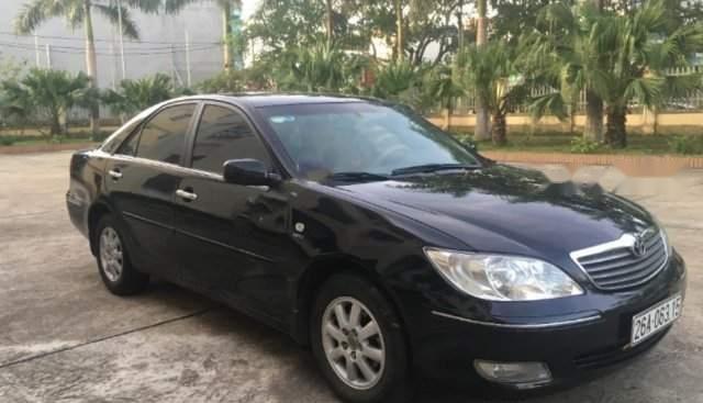 Cần bán gấp Toyota Camry năm 2003, màu đen