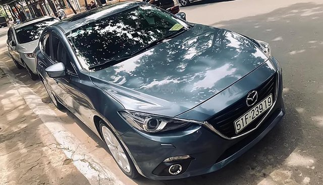 Cần bán xe Mazda 3 sản xuất năm 2015, màu xanh lam
