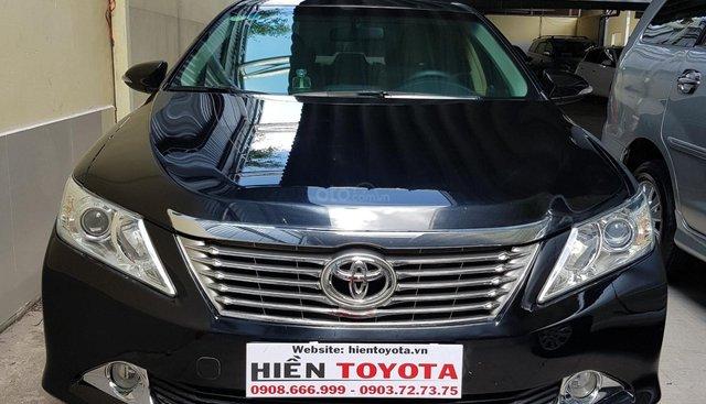 Toyota Camry 2.0E đời 2013, màu đen, giá chỉ 720 triệu