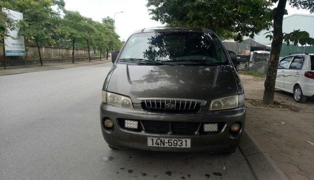 Bán Hyundai Starex bán tải 3 chỗ sản xuất 2001, màu xám (ghi) còn mới, giá 110triệu