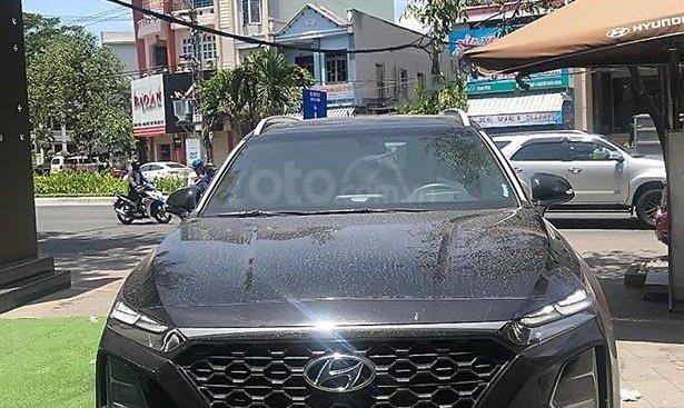 Bán Hyundai Santa Fe Premium 2.2L HTRAC sản xuất năm 2019, màu đen