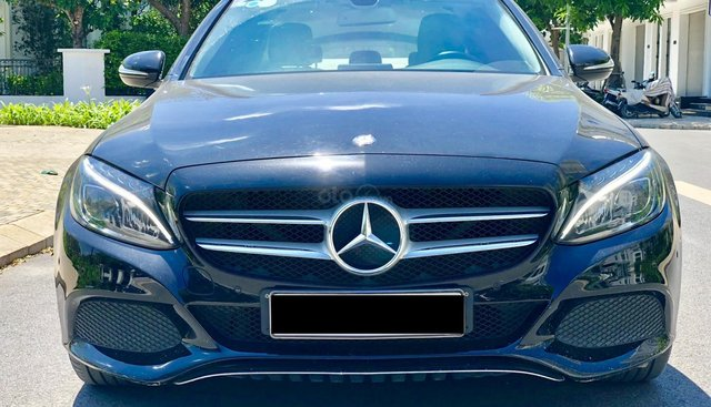 Bán Mercedes C200 Facelift đời 2016, màu đen