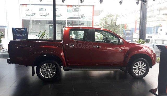 Bán Isuzu Dmax MT sản xuất năm 2019, màu đỏ, xe nhập, 600 triệu