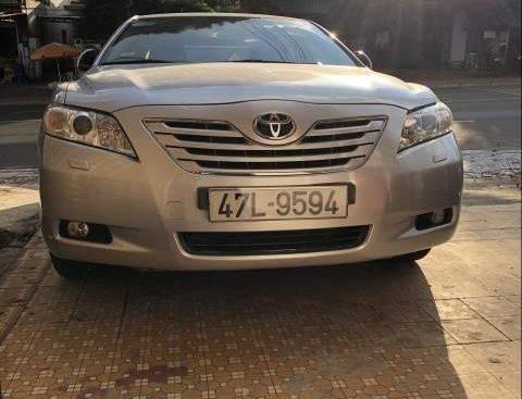 Chính chủ bán Toyota Camry sản xuất 2008, màu bạc, nhập Trung Đông
