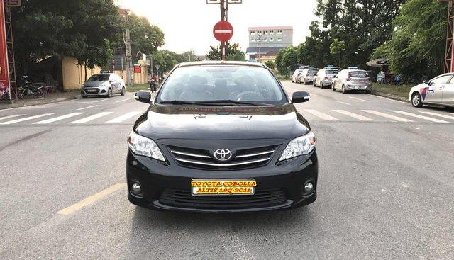 Cần bán xe Toyota Corolla altis 1.8G năm sản xuất 2011, màu đen, xe cực tuyển