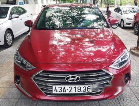 Bán xe Hyundai Elantra 2.0AT đời 2017, màu đỏ số tự động