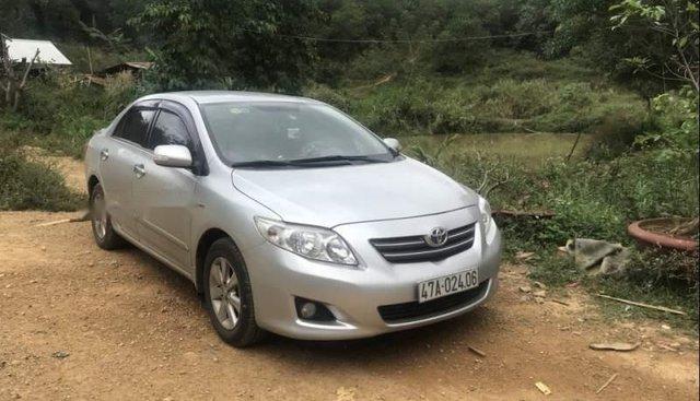 Cần bán Toyota Corolla altis 2009, màu bạc