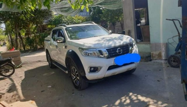Bán xe Nissan Navara NP300 đời 2016, màu trắng, nhập khẩu