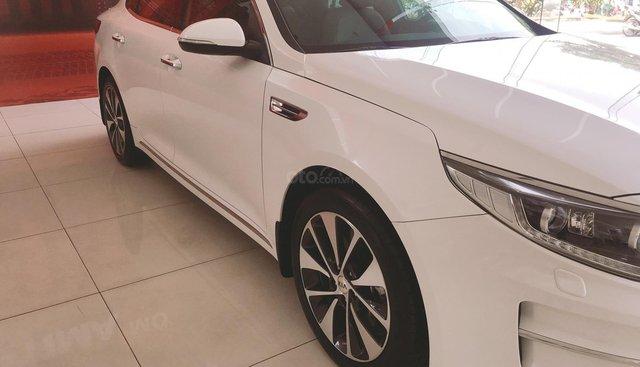 Bán xe Kia Optima ATH 2017 new 100%, giảm giá lên tới 150tr