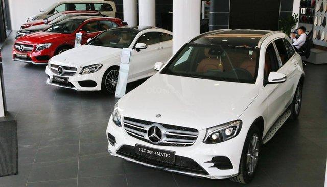 Bán xe Mercedes GLC 300 AMG đời 2019 đủ màu khuyến mãi khủng