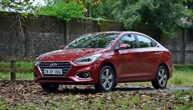 Bán xe Hyundai Accent sản xuất năm 2019, màu đỏ, xe có sẵn, giao xe trong ngày làm việc