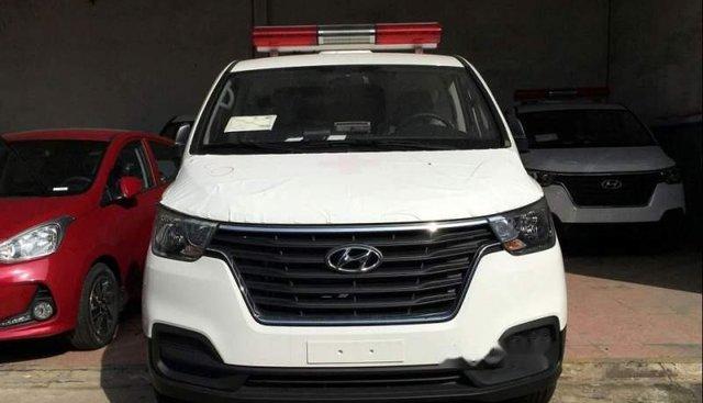 Bán Hyundai Grand Starex đời 2018, màu trắng, nhập khẩu