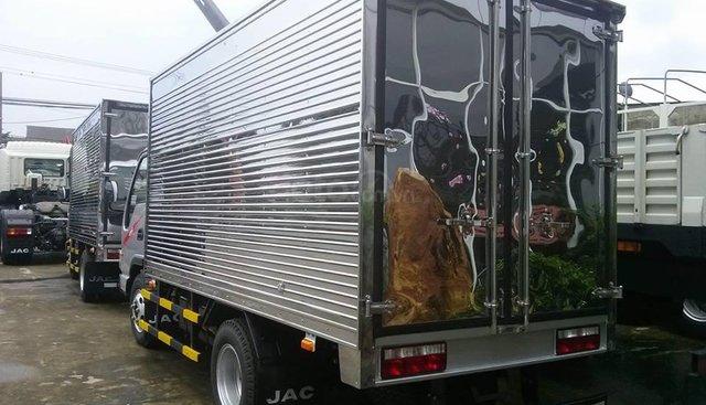 JAC 2.4 tấn thùng kín, giá tốt chính hãng