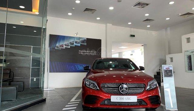 Cần bán Mercedes đời 2019, màu đỏ