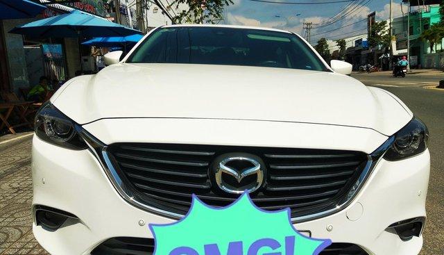 Bán Mazda 6 2.0 năm 2017, màu trắng, nhập khẩu nguyên chiếc