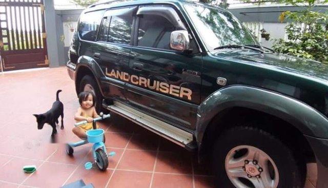 Bán xe Land Cruiser máy dầu, bốn máy, đăng ký 5 chỗ, hai cầu