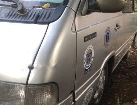 Cần bán xe Mercedes 140 sản xuất năm 2002, màu bạc, máy dầu