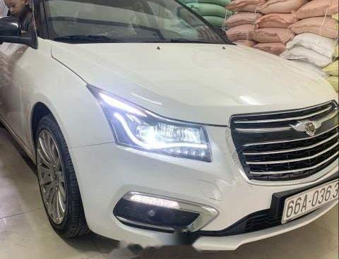 Cần bán xe Chevrolet Cruze năm sản xuất 2016, màu trắng, nhập khẩu, xe còn rất mới