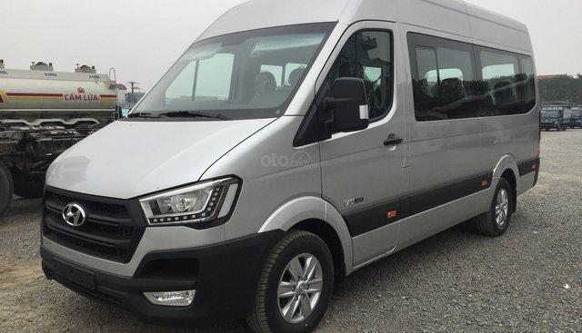 Hyundai Solati 16 chỗ, mới 100%, SX 2019, màu bạc giao ngay, tặng hộp đen kinh doanh