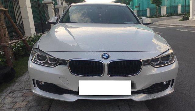 Bán BMW 3 Series 328i sản xuất năm 2013, màu trắng, nhập khẩu nguyên chiếc như mới, giá 939tr