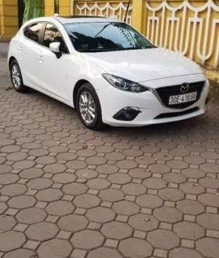 Bán Mazda 3 đời 2017, màu trắng chính chủ, giá 615 triệu