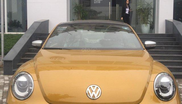 Xe Beetle New Volkswagen Phạm Văn Đồng, sẵn giao xe nhanh, giao xe tận nơi