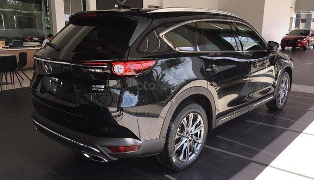 Cần bán xe Mazda CX- 8 2.5 sản xuất 2019, màu đen