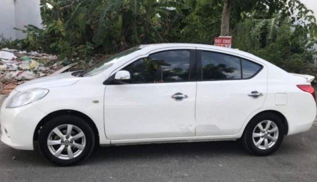 Bán xe Nissan Sunny XV sản xuất 2015, màu trắng, 356 triệu