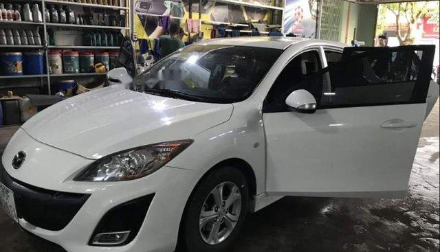 Bán Mazda 3 đời 2010, màu trắng