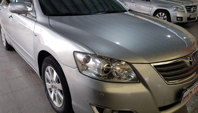 Bán Toyota Camry 2.4G đời 2008, màu bạc