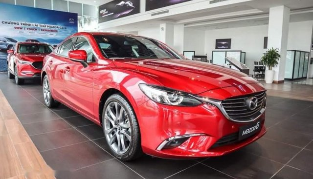 Bán xe Mazda 6 2018, màu đỏ, giá chỉ 899 triệu