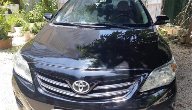 Cần bán xe Toyota Corolla altis năm 2014, chính chủ đăng ký từ đầu